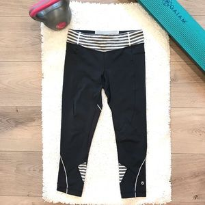 Lululemon Wet•Dry•Warm Crop Pants Leggings
